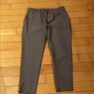 Lululemon go everywhere pants